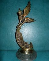 Статуэтка «Богиня Победы «НИКА», Лауреата национального рейтинга «КРАЩІ ПІДПРИЄМСТВА УКРАЇНИ»
